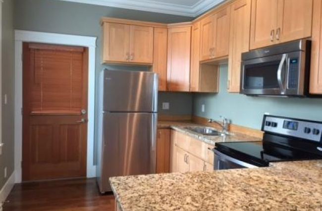 1319 Camosun Street, Victoria, V8V 4L3, 2 Bedrooms Bedrooms, ,1 BathroomBathrooms,Apartment,Residential, Camosun Street ,1076