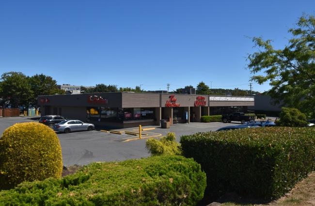 3233 Douglas Street, Victoria, V8Z 3K8, ,Retail Space,Commercial,Douglas Street,2081