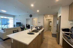 301-881 Short street, Victoria, v8x0b7, 2 Bedrooms Bedrooms, ,2 BathroomsBathrooms,Condo,Residential,Short street,2462