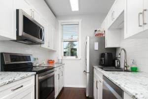 1468 Finlayson street, Victoria, v8t2v9, 3 Bedrooms Bedrooms, ,1 BathroomBathrooms,Upper Suite,Residential,Finlayson street,2472