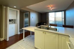 609-930 Yates street, Victoria, v8v4z3, 1 Bedroom Bedrooms, ,1 BathroomBathrooms,Condo,Residential,Yates street,2477