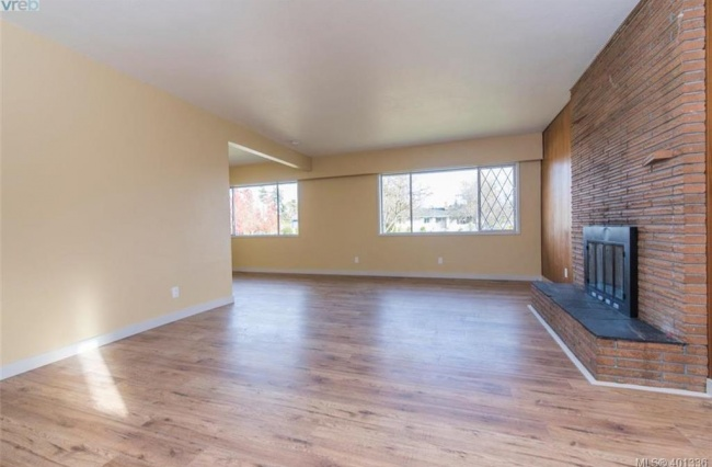 3492 Henderson Rd, Victoria, V8P 5A9, 3 Bedrooms Bedrooms, ,2 BathroomsBathrooms,House,Residential, Henderson Rd,1161