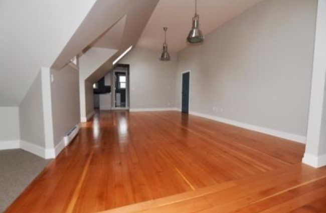 1249 Rockland Ave, Victoria, V8V 3J3, 1 Bedroom Bedrooms, ,1 BathroomBathrooms,Suite,Residential,Rockland Ave ,1171