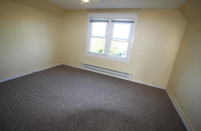 3287 Alder Street, Victoria, V8X 1P3, 1 Bedroom Bedrooms, ,1 BathroomBathrooms,Upper Suite,Residential,Alder Street ,1193