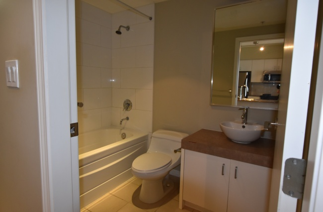 160 Wilson Street, Victoria, V9A 7P9, 1.5 Bedrooms Bedrooms, ,1 BathroomBathrooms,Condo,Residential,Wilson Street ,1510